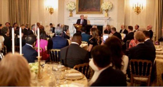 White-House-Dinner-for-Evangelicals-800x430